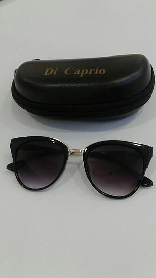 s Beden Di Caprio güneş gözlüğü