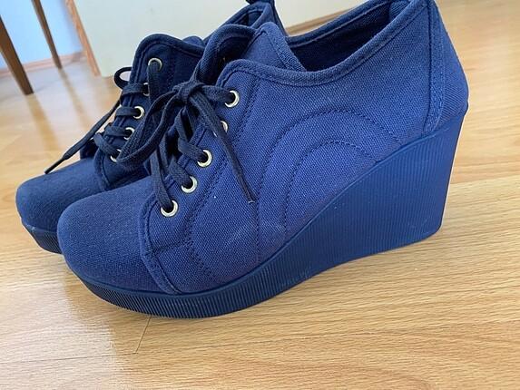 Diğer Dolgu topuk ayakkabı
