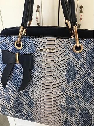 Derimod timsah görünümlü mavi çanta