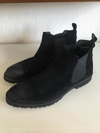 Dıvarese ayakkabı