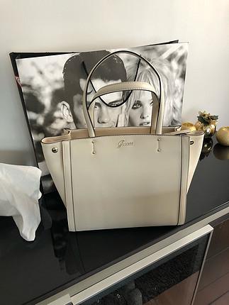 diğer Beden Orjinal GUESS sıfır çanta (Fırsat ürünü)