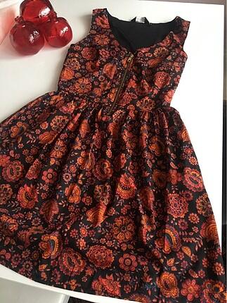 Çok güzel kısa elbise