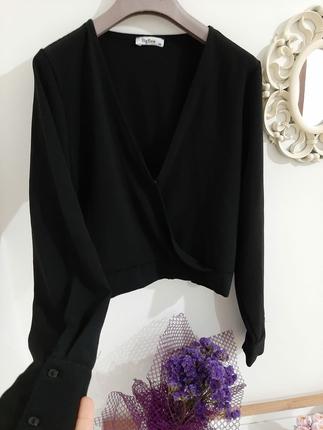 siyah bluz