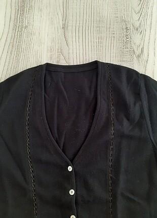 Siyah yün ceket