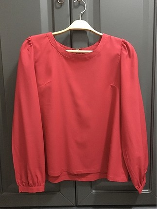 Kırmızı bluz