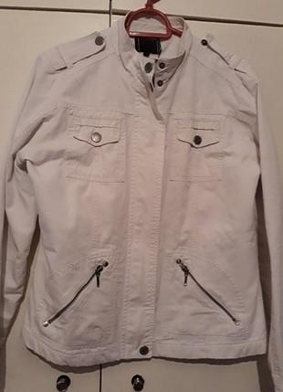 40 Beden Beyaz ceket