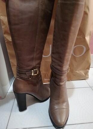 37 numara kahverengi çizme