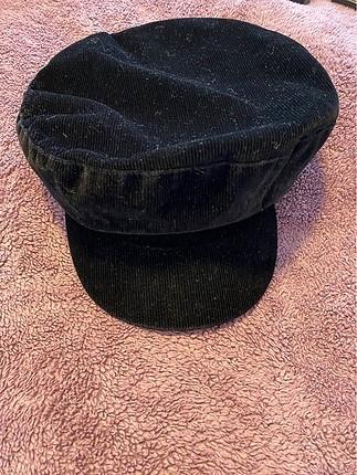 Zara şapka