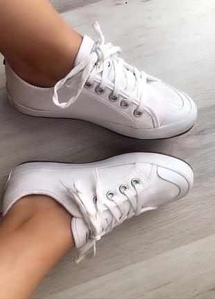 37 Beden beyaz Renk Orjinal Polo ayakkabı