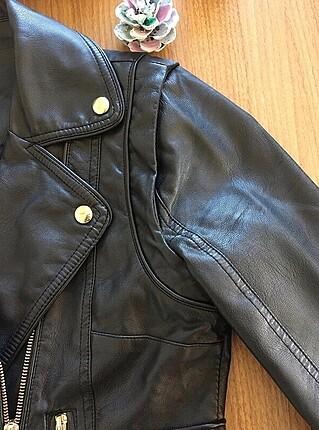 36 Beden Siyah deri ceket