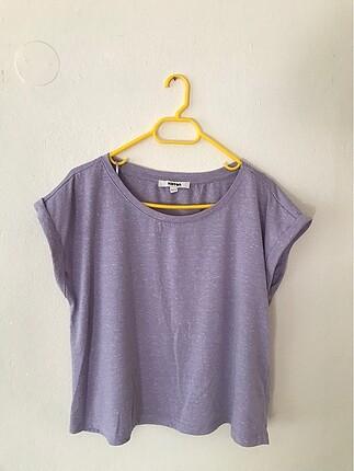lila tişört