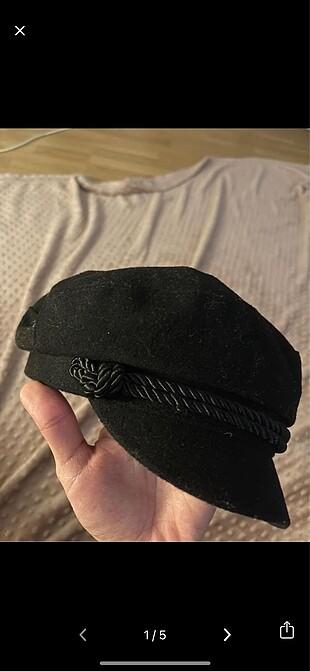 HM şapka
