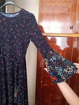 m Beden Çiçekli elbise