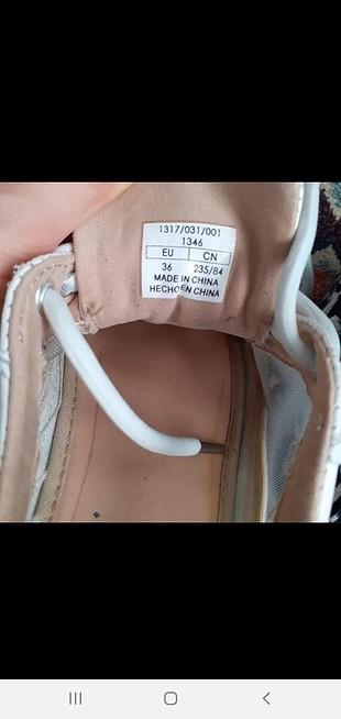Bershka beyaz ayakkabi