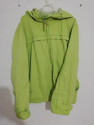 yeşil yağmurluk