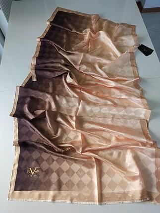 Versace şal