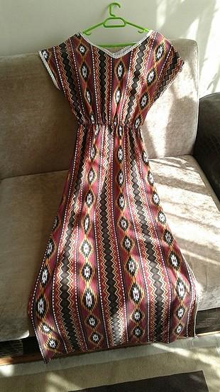 Etnik desenli elbise