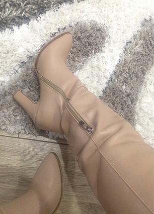 Pelinin Ayakkabıları 1 kez giyildi