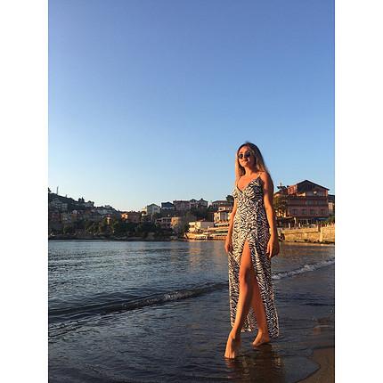 H&M Yazlık yırtmaçlı elbise