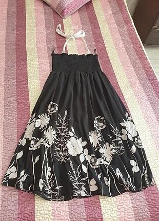 Şifon elbise boyundan bağcıklı