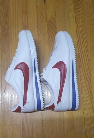 38 Beden beyaz Renk Nike ayakkabı