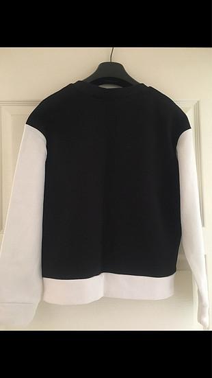 Siyah & Beyaz Sweatshirt