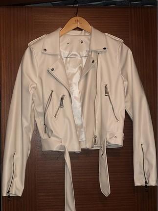 Pull and bear beyaz deri ceket