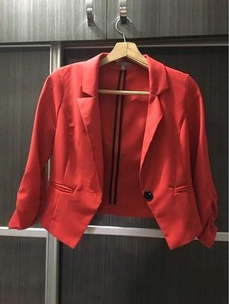 Tam kırmızı blazer ceket