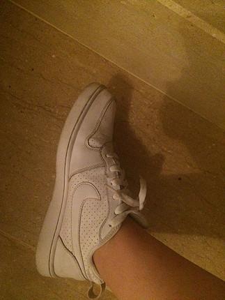 Nike orjinal beyaz ayakkabı