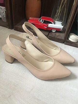Bambi Yeni-Günlük topuklu ayakkabı