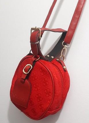 Guess Kırmızı Çanta