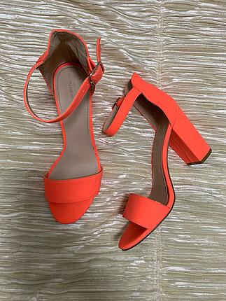fosforlu topuklu sandalet