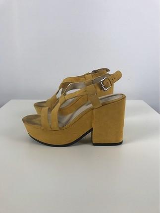 Hardal Sandalet