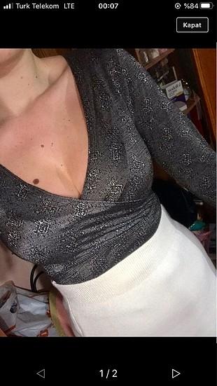 Dekolte bluz