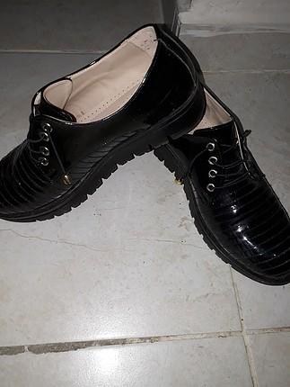 Diğer siyah ayakkabi