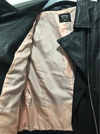 Siyah Deri Defacto Ceket