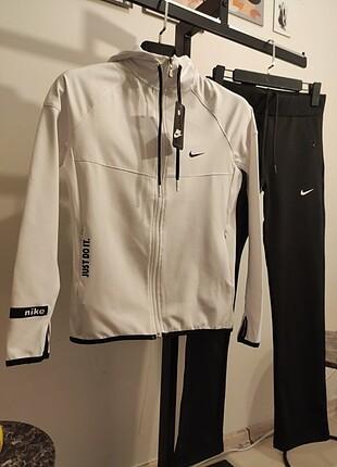Nike Nike İçi Pamuklu Likralı Dalgıç Kumaş Takım #adidas #puma #nike