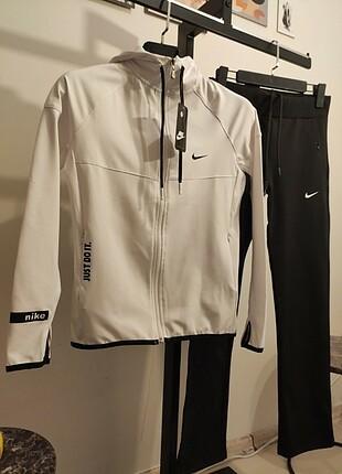 m Beden beyaz Renk Nike İçi Pamuklu Likralı Dalgıç Kumaş Takım #adidas #puma #nike