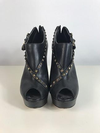Madonna Tasarımı Ayakkabı