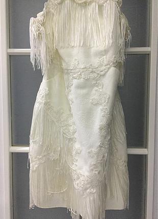 Püsküllü elbise