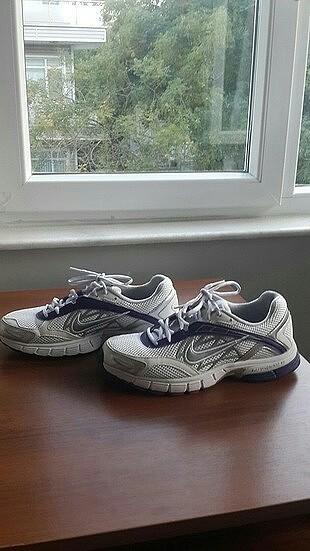 38 Beden beyaz Renk Nike spor ayakkabı