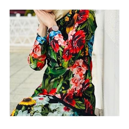 l Beden çiçekli elbise