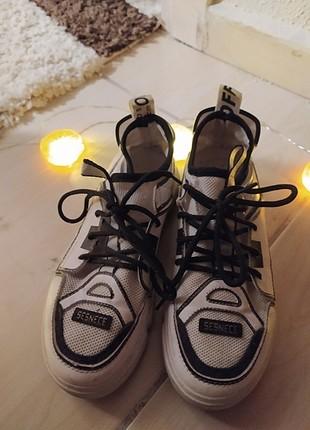Yurtdışı spor ayakkabı
