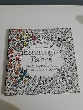 Esrarengiz bahçe boyama kitabı