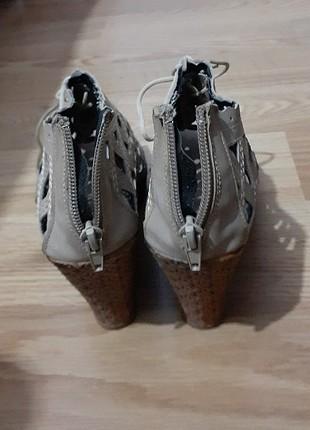 Platform ayakkabı 1 defa giyildi