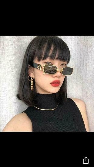 Retro piercingli punk güneş gözlüğü