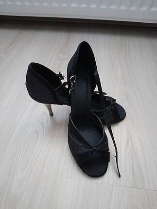 Dans ayakkabısı