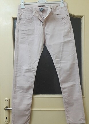 Töz pembe pantolon
