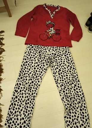 Pijama takim
