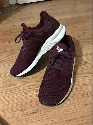 New Balance Kadın Ayakkabı
